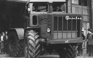Трактор к 700 кировец